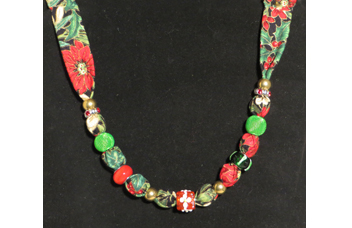 Elegant Christmas necklace