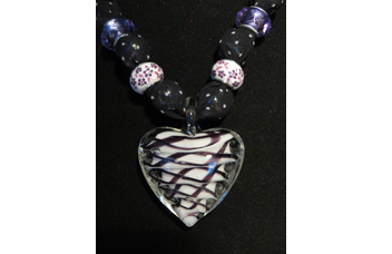 Closeup for Heart-475 necklace