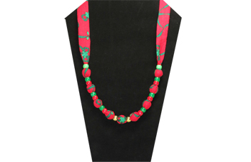 Christmas necklace with green and red cotton fabric and pony beads