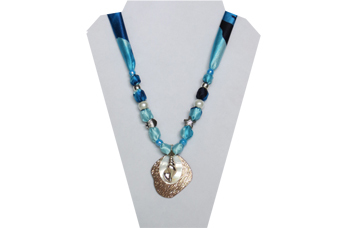 Multi color blues fabric with shell/metal pendant